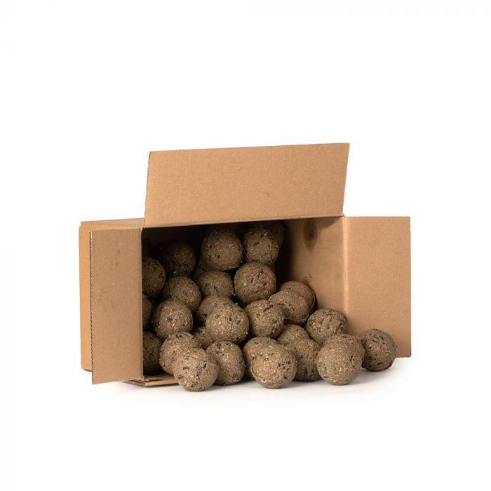 Kasse med mejsekugler med insekter 50 stk
