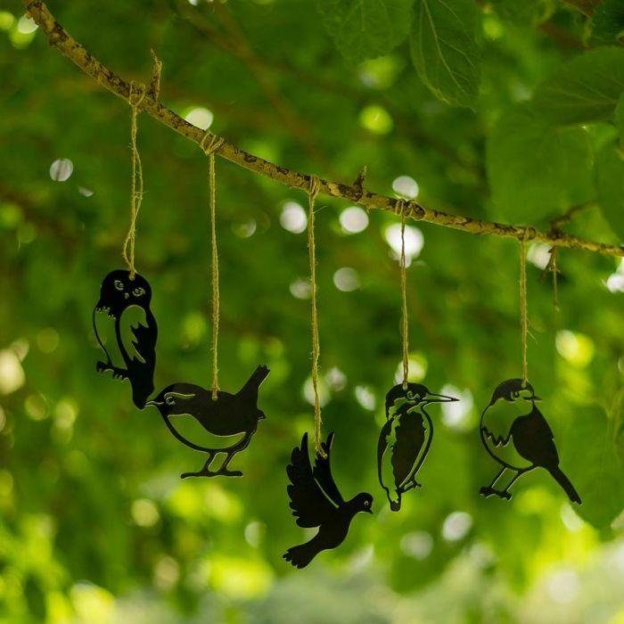 Metalsilhueter af fugle